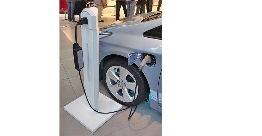 Electric Vehicles – A Smart Choice for Seniors